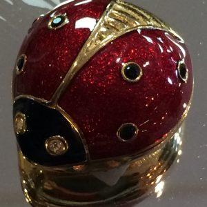 estee lauder ladybird (1)