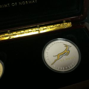 NELSON MANDELA RUGBY COIN SET R18500 (4)