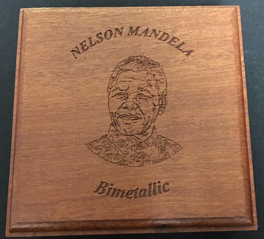 Mandela Bimetallic Medallion (2)
