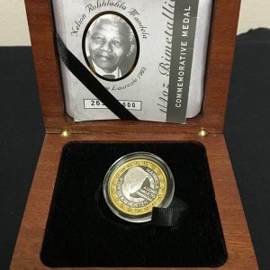 Mandela Bimetallic Medallion (3)