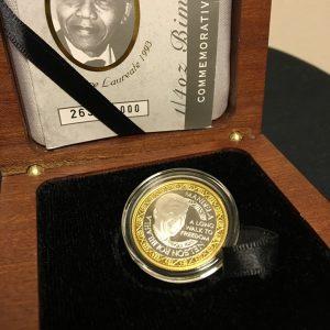 Mandela Bimetallic Medallion (4)