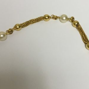 gold-and-pearl-bracelet-1