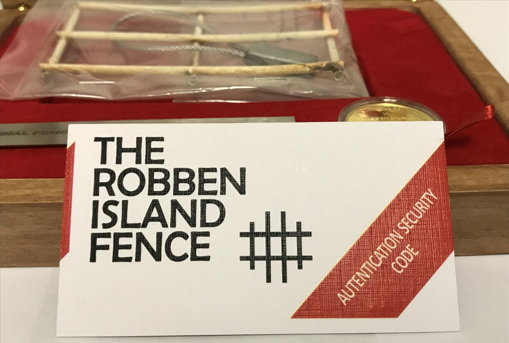 WORLD HERITAGE ROBBEN ISLAND FENCE MEDALLION (8)