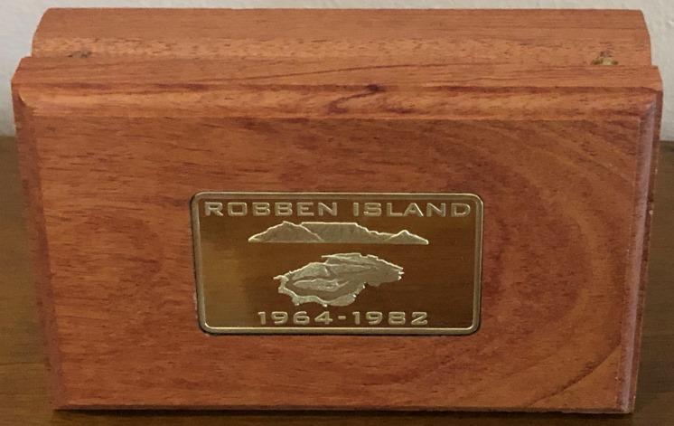 ROBBEN ISLAND HALF OUNCE S8018D (3)
