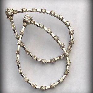 WHITE GOLD DIAMOND EARRINGS (4)