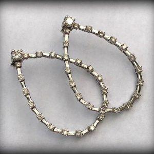 WHITE GOLD DIAMOND EARRINGS (5)
