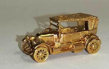 SETOF GOLD CARS (1)