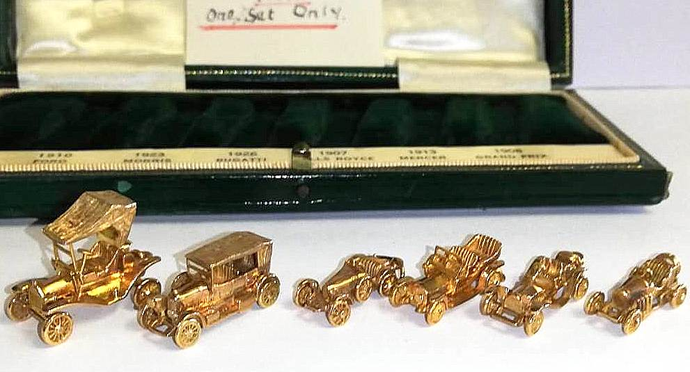 SETOF GOLD CARS (3)