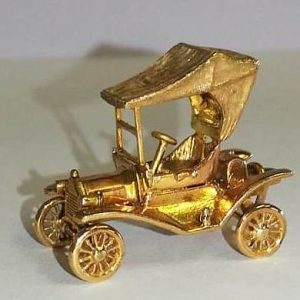 SETOF GOLD CARS (4)