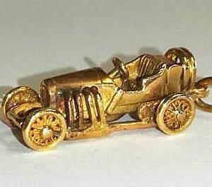 SETOF GOLD CARS (8)